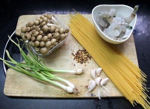 my-spaghetti-xao-nam-2
